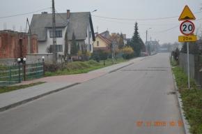 Ulica Kosznickiego, na której zamontowano wspomniane w tekście progi