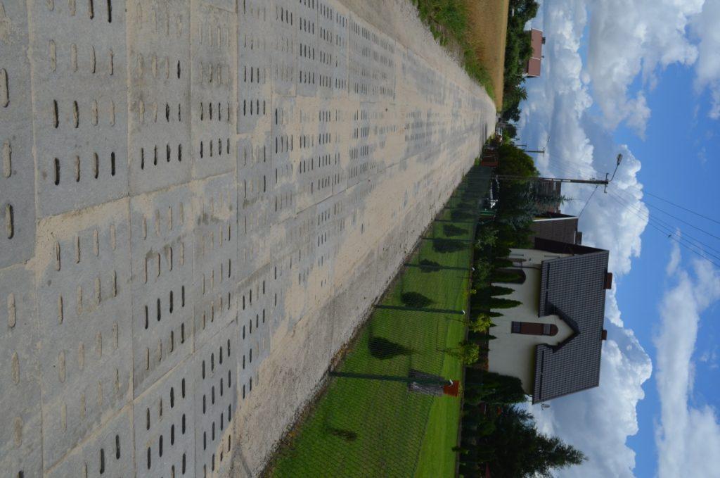 Ulica Wałowa - droga wykonana z płyt jumbo